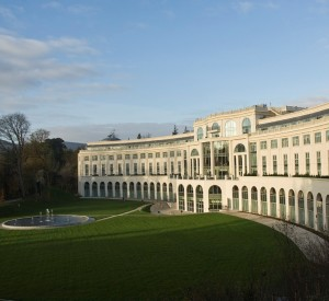 RC Powerscourt-Hotel exterior 1